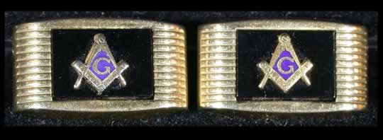 item123_A Masonic Cufflink Pair.jpg