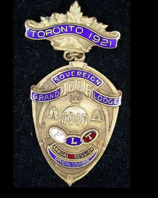 item142_Toronto IOOF Vintage Badge of 1921.jpg