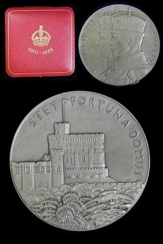 item571_A lovely George V Jubilee Medal in Silver.jpg