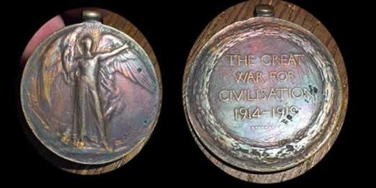 item598_An Allied Victory Medal to a member of the Bell's Bulldogs.jpg